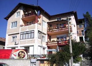 Семеен хотел Витяз Хаус