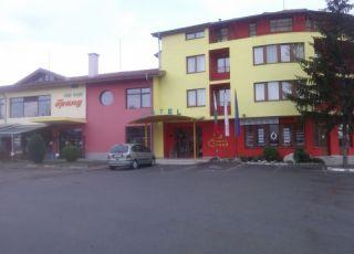 Хотел Гранд
