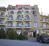 Family hotel Toro Negro