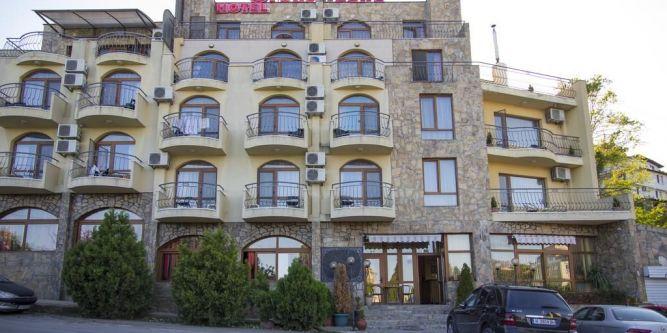 Семеен хотел Торо Негро