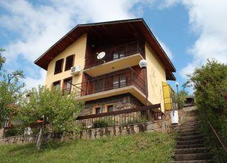 Къща Беевски