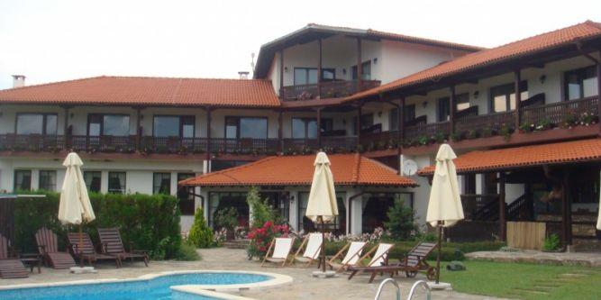 Семеен хотел Сватовете