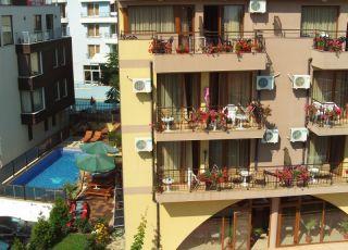 Хотел Кандрови