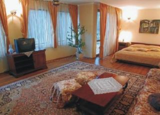 Хотел Боляри