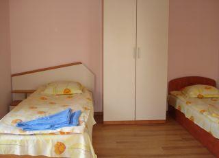 Апартамент в къща за гости МС