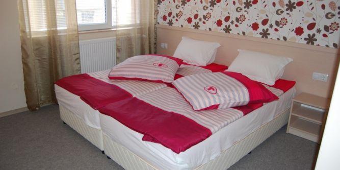 Хотел Розовата къща
