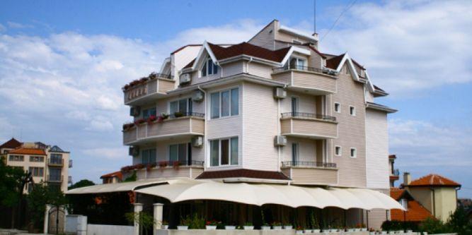 Семеен хотел Лилия