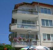 House Deni