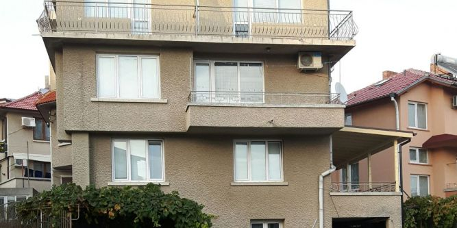 Къща Карабаджакови