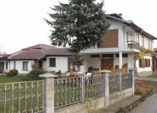 Къща Детелина