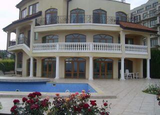 Къща с отлична морска панорама МиП