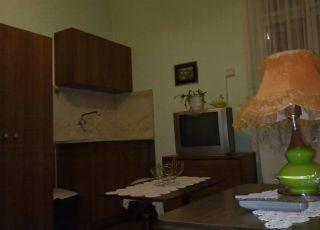 Къща за нощувки до Централна гара
