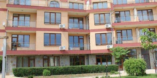 Апартамент във Вила Маре