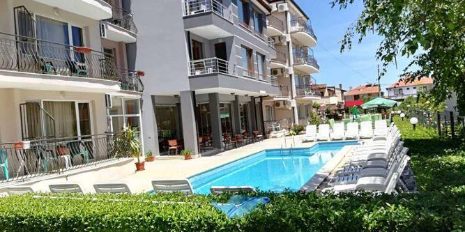 Семеен хотел Радина