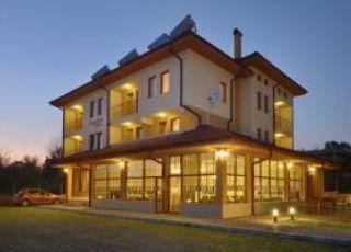 Хотел Камилите