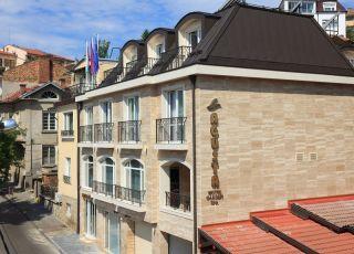 Семеен хотел Агуста