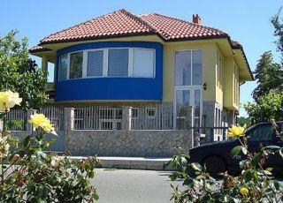 Къща Ореха