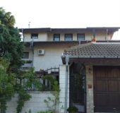 House Delphini