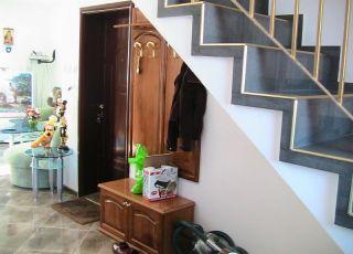 Апартамент - мезонет