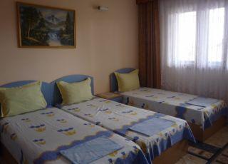 Семеен хотел Синьо Лято