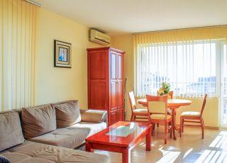Апартамент Реал