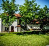 House Emana