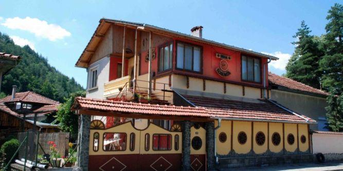 Къща Вила Колелата