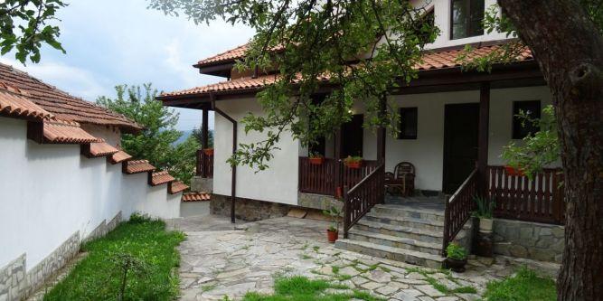 Къща Зелениград