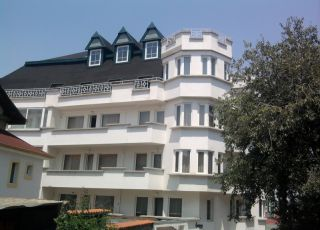 Къща Saga Palace