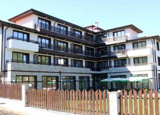 Семеен хотел Изворите