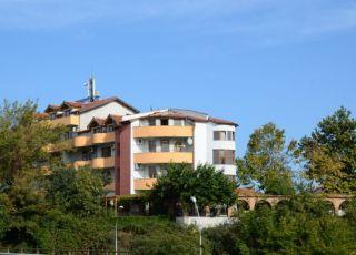 Семеен хотел Комитово ханче