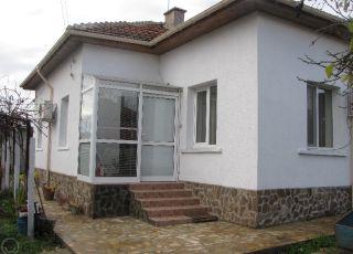 Къща за гости Нези