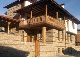 Къща Славянка