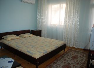 Апартамент Трайкова