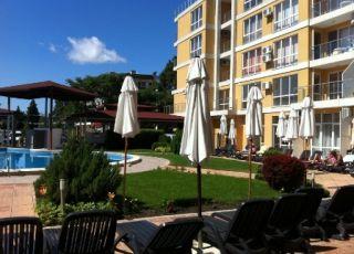 Хотел Флорес парк