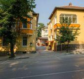 Family hotel Anelim