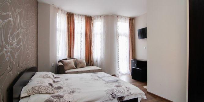 Семеен хотел Анелим