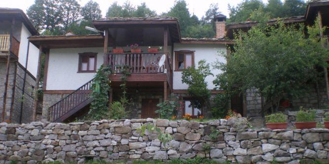 Семеен хотел Сабазий