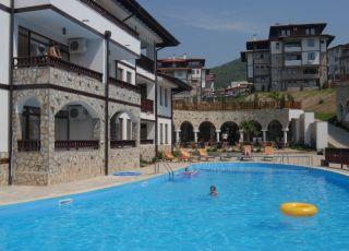 Хотел Етара 1,2