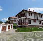 House Ivanini houses