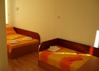 Апартамент Германов