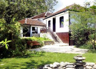 Къща Стакевските къщи