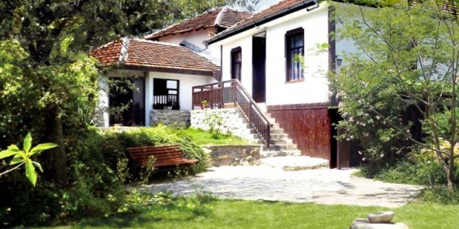 Стакевските къщи