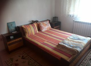 Апартамент Самостoятелен