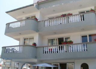 Семеен хотел Ния