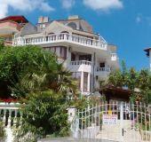 House Casa Bella
