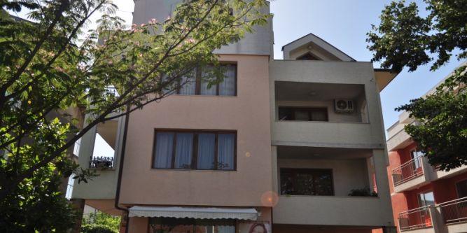 Къща Загорови