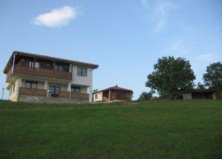 Къща М 4 Холидей