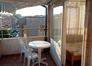Апартамент Крайморски