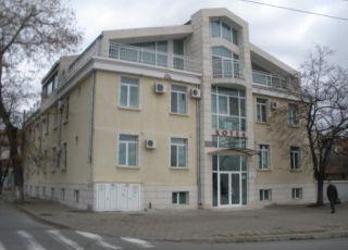 Хотел Военен клуб